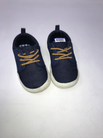 Child Size 6 CARTERS 6 T Boys Shoes