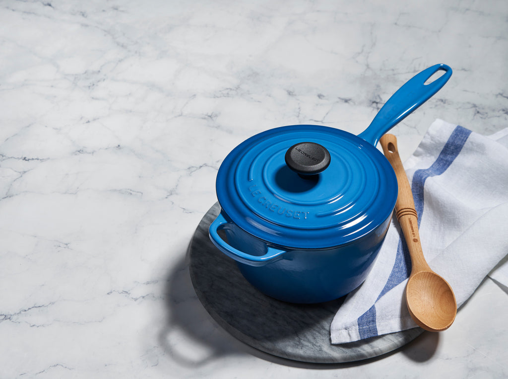 Le Creuset Signature Saucepan with Lid