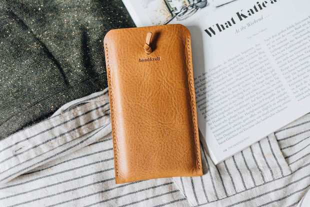 BAND & ROLL Everyday Carry Companion Leather Phone Case Kaufmann Mercantile