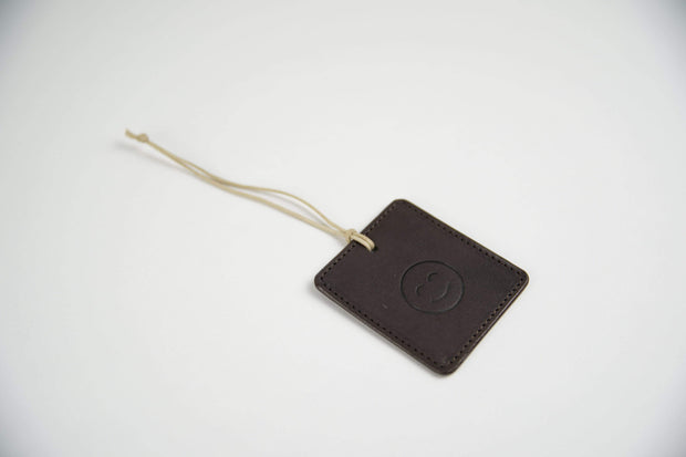 IEFrancis Minimalist Goods Travel Organization Dark Brown Australian Leather Travel Tag Kaufmann Mercantile