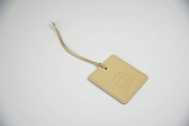 IEFrancis Minimalist Goods Travel Organization Natural Australian Leather Travel Tag Kaufmann Mercantile