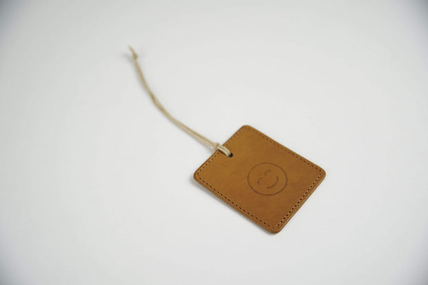 IEFrancis Minimalist Goods Travel Organization Tan Australian Leather Travel Tag Kaufmann Mercantile