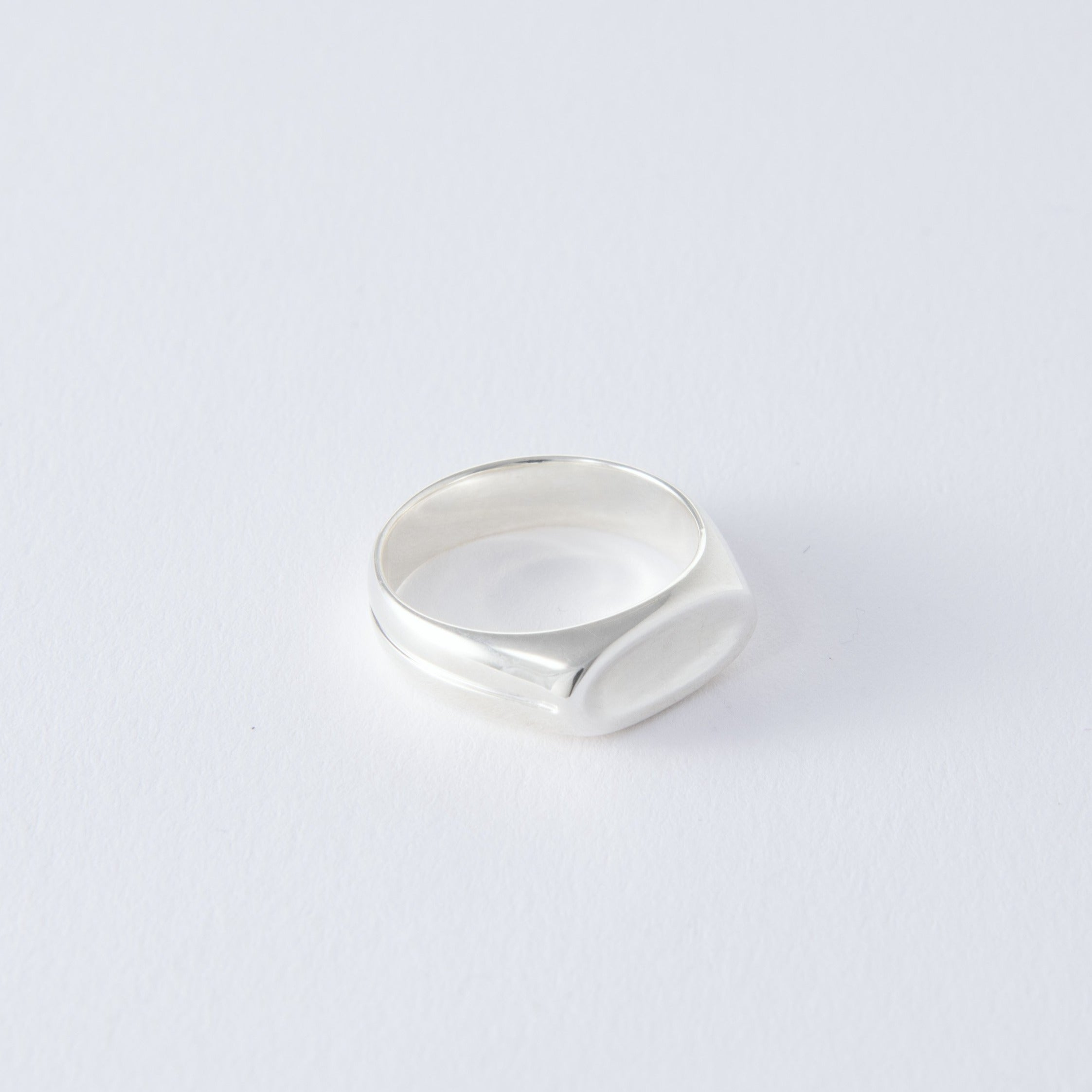 silver oval signet ring[made to order]