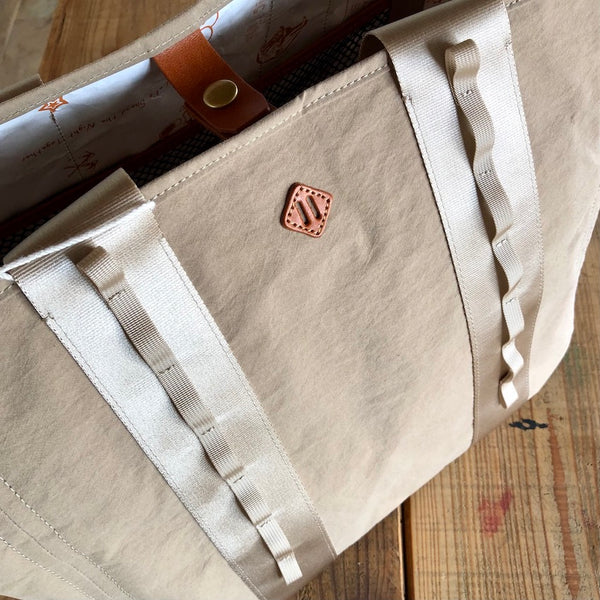 Campers Tote(Unisex / Tan)holo