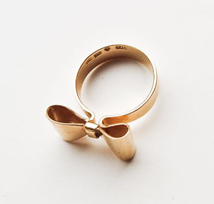 18k Gold Ribbon