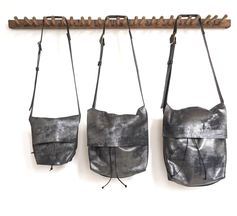 Bolsa - Messenger Bucket Crossbody Bag - Distressed Black - Price from