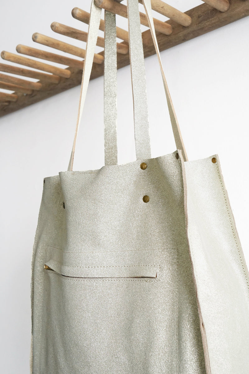 Vertical Tote - Multi-Pockets - Metallic Leather