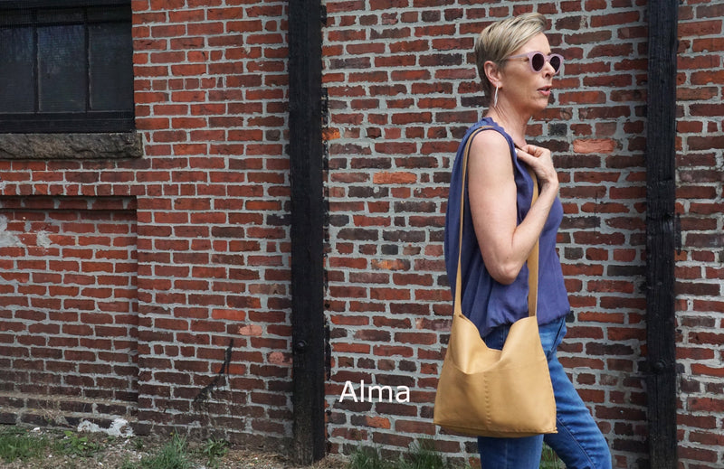 Alma or Alesia - Crossbody Messenger Bag - Camel - Price from