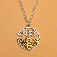 Load image into Gallery viewer, Bee Circle Necklace