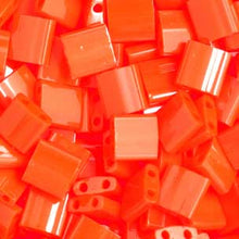 Load image into Gallery viewer, Tila Orange Opaque 2 hole Beads 5x5MM 0406V