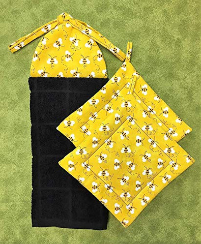 Bumble Bees on Yellow Ties on Kitchen Hanging Hand Dish Towel and Set of 2 Square Pot Holders Hot Pads Trivets