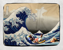 Load image into Gallery viewer, Great Wave Rum Ham Sherpa Blanket Always Sunny Fleece Sherpa