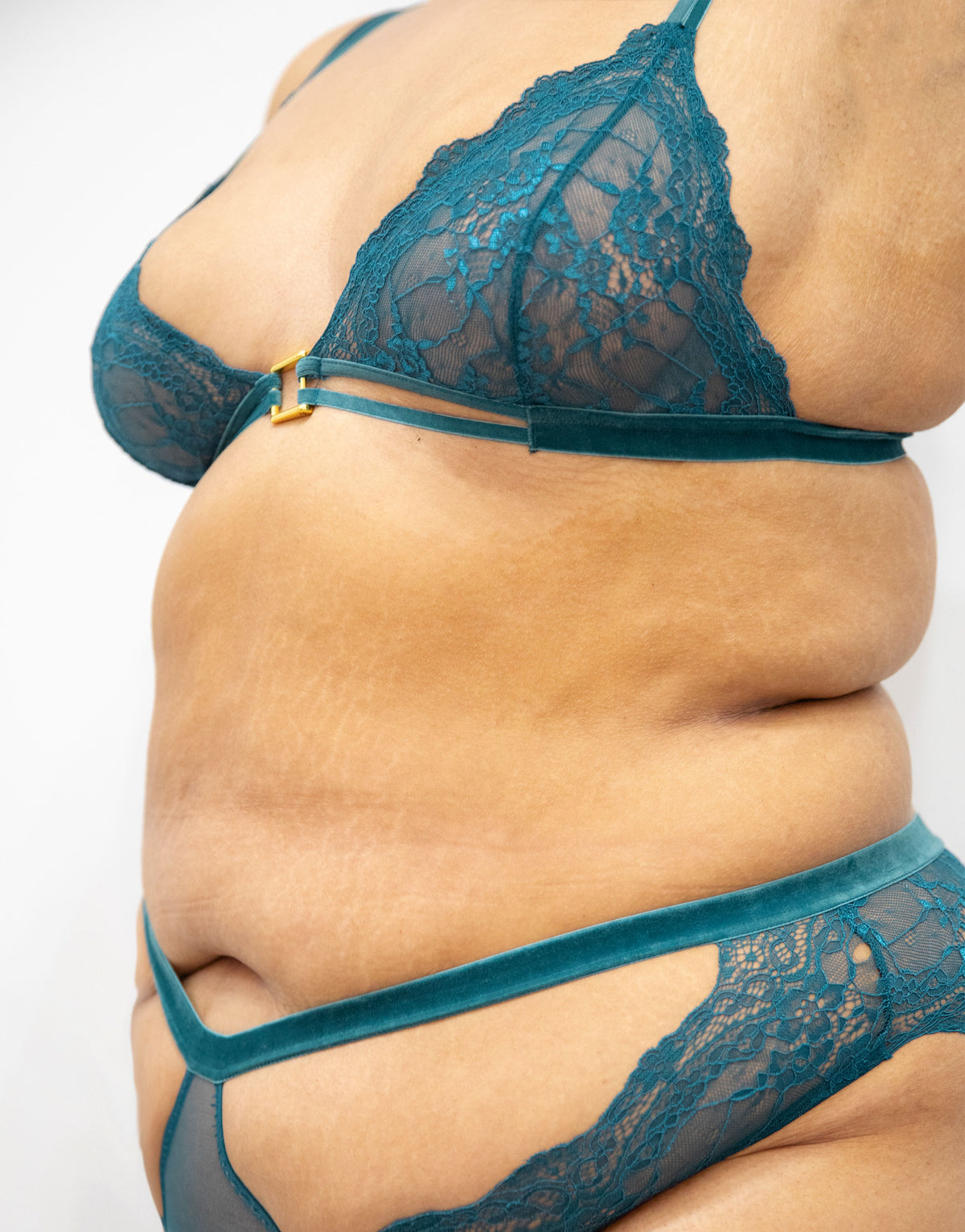 Lucy Teal Lace & Velvet Triangle