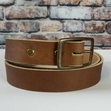 Load image into Gallery viewer, Everyday Leather Belt | Light Brown