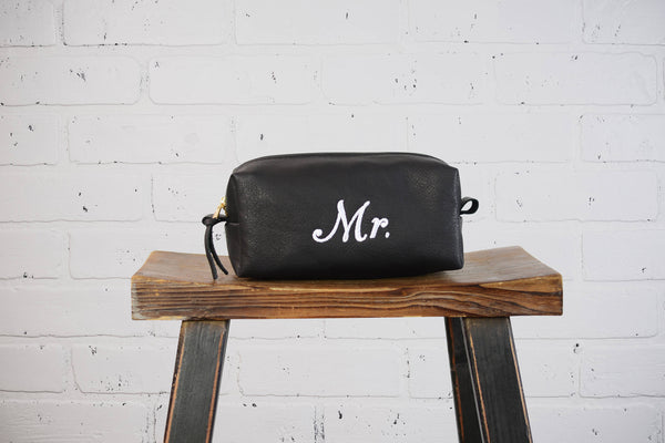 Personalized Leather Dopp Kit Wedding Groom Gift | Monogram Leather Mens Toiletry Bag Wash Bag Travel Case | Gift for Husband Wedding Bag
