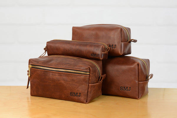Personalized Leather Dopp Kit Groomsmen Gift | Monogram Leather Mens Toiletry Bag Wash Bag Travel Case | Gift for Him Third Anniversary Gift