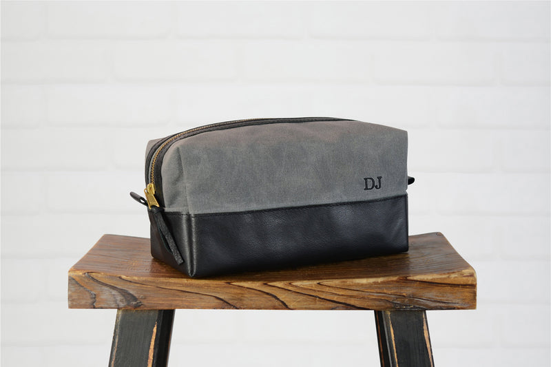 Personalized Waxed Canvas & Leather Dopp Kit Groomsmen Gift |Monogram Leather Mens Toiletry Bag Shaving Bag | Gift for Husband Dad Boyfriend