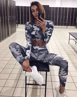 GO FOR CAMO! Cooles Camo Fitness Set - Top & Leggings