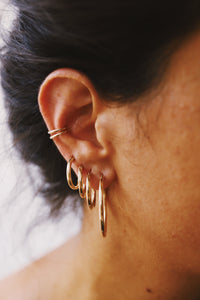 GOLD DOUBLE EARCUFF