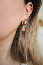 Load image into Gallery viewer, GOLD EARRING CHARM BUTTERCUP