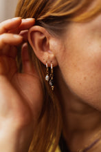 Load image into Gallery viewer, GOLD EARRING CHARM FALLING STAR