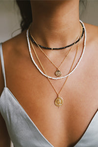 GOLD FEARLESS ONYX NECKLACE