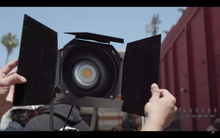 Load image into Gallery viewer, Aputure Bowens Mount Hyper Reflector