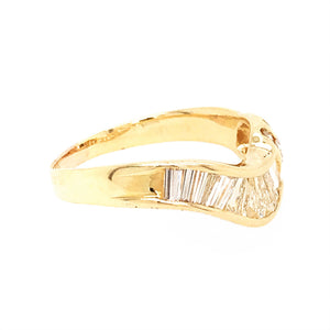 Estate 14k Yellow Gold Diamond Baguettes Ring