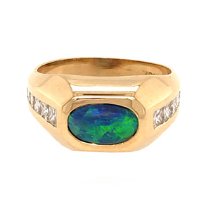 18k Yellow Gold Opal and Diamond Ring