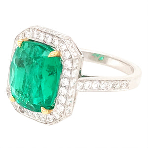 Beautiful Platinum Emerald and Diamond Ring