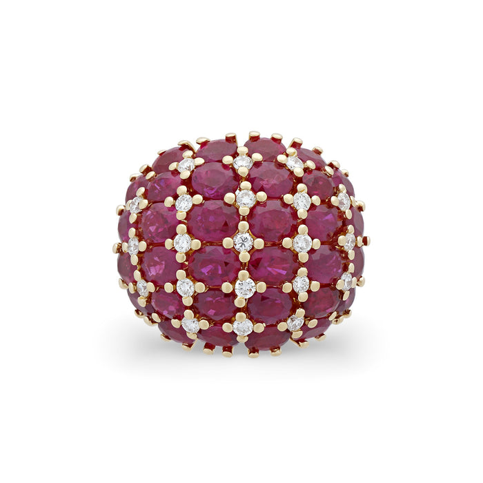 Estate 18K Yellow Gold Ruby and Diamond Ring Size: 6.75