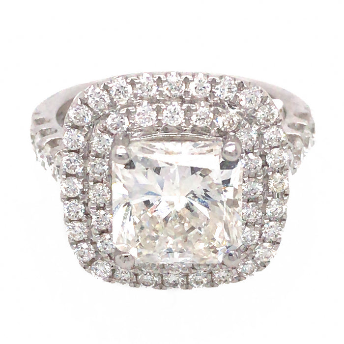 18k White Gold 3.04 ct Radiant Cut Diamond Engagement Ring