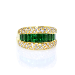Estate De Hago 18K Yellow Gold Emerald and Diamond Ring