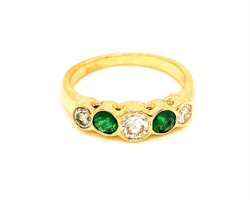 Estate 18k Yellow Gold Diamond and Emerald Ring