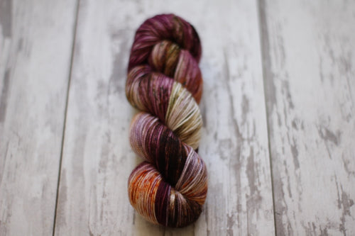 Dyed to Order • The Burrow • Harry Potter Collection