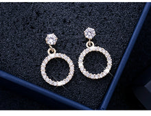 Load image into Gallery viewer, Temperament Elegant / Geometric diamond earrings