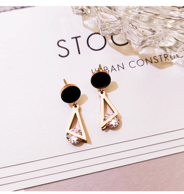 Temperament Elegant / Sterling silver and gold long earrings