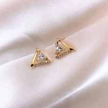 Load image into Gallery viewer, Temperament Elegant / Triangle small earrings earrings for sleeping