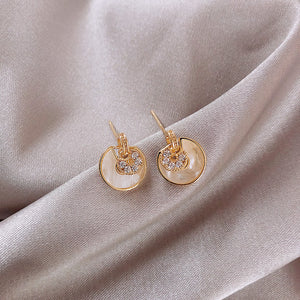 Temperature Elegant / Short gold earrings