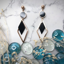 Load image into Gallery viewer, Temperament Elegant / wave cold and breezy earrings