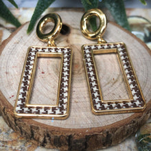 Load image into Gallery viewer, Temperament Elegant / Long Gold Geometric Shapes Earrings