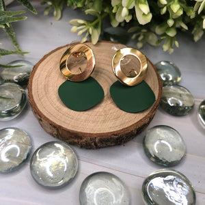 Temperament Elegant  / Fresh green leaves earrings