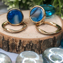 Load image into Gallery viewer, Temperament Elegant / Wild shape light blue and gold earrings