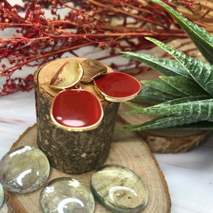 Temperament Elegant / Geometric gold shapes with red leaves