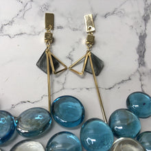 Load image into Gallery viewer, Temperament Elegant / Geometric Gold & Green marble long earrings