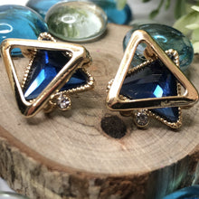Load image into Gallery viewer, Temperament Elegant / Geometric shapes blue diamond earrings