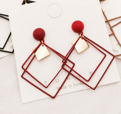 Temperament Elegant / Red Geometry Earrings