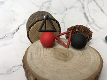Load image into Gallery viewer, Temperament Elegant / Geometric black and red earrings