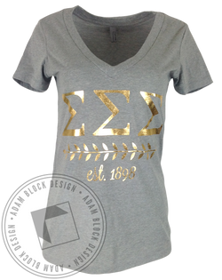 Sigma Sigma Sigma Wreath Vneck-Adam Block Design