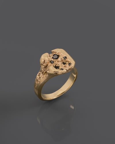 GOLD-MALTIPR-DIAMONDS-RING